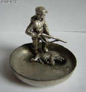 "ANTIK.BYZ: антиквариат, серебро, фарфор, часы | Пепельница ""Удачливый охотник"""